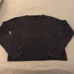 XL GAP sweater. Navy blue. No holes or snags.
